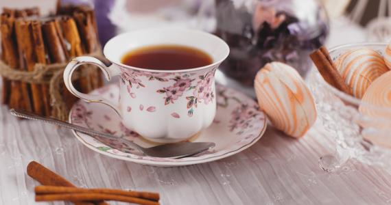 Día Mundial del Té: ¿Cuál es el origen del ritual más famoso de Inglaterra?