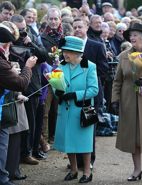 2002: se celebra el jubileo de oro de la reina Isabel.