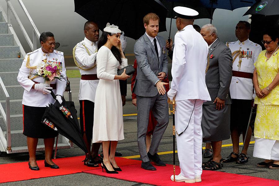 Meghan y Harry llegan a Suva