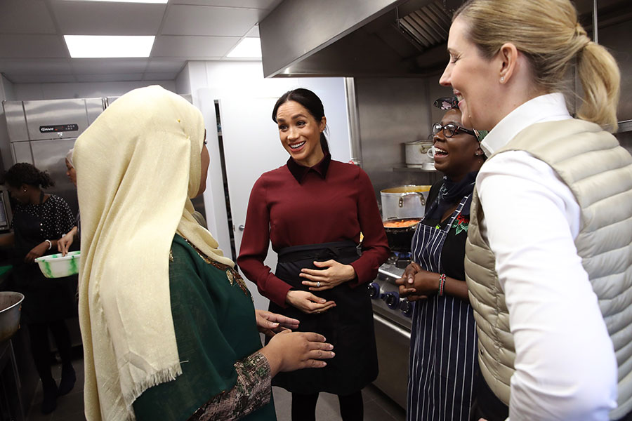 Meghan Markle en la Hubb Community Kitchen