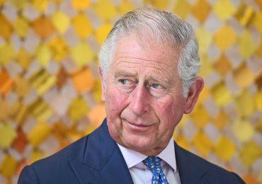 El príncipe de Gales se siente 'afortunado' de sobrevivir al coronavirus y está decidido a actuar