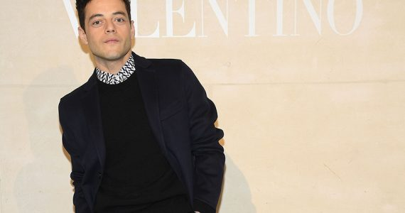 Rami Malek en desfile de Valentino