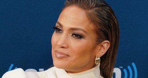 Jennifer Lopez y el anillo de compromiso de Ben Affleck