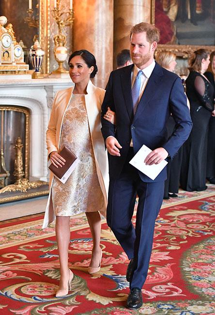 Harry y Meghan en investidura del príncipe Carlos