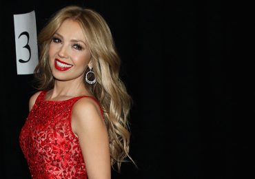 Se reabre el debate sobre la cintura de Thalía: ¿real o falsa?