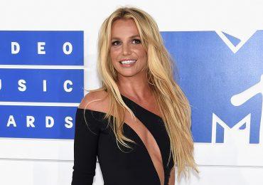 Britney Spears busca apoyo en su hermana.