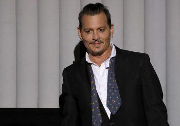 Johnny Depp puede llevar adelante su querella por difamación contra The Sun