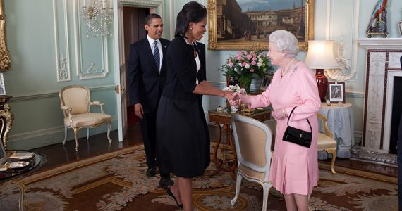 Michelle Obama y reina Isabel