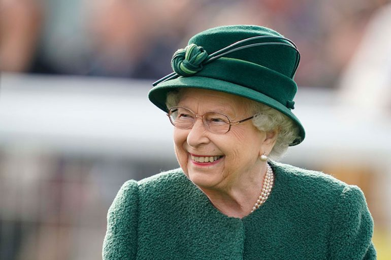 Las estrictas medidas para mantener a salvo a la reina Isabel en cuarentena