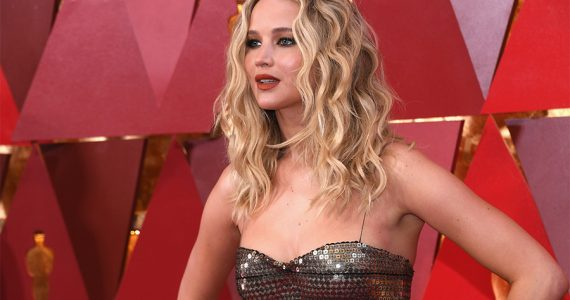 Jennifer Lawrence comprometida