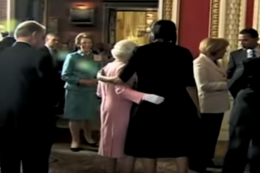 Michelle Obama y reina Isabel
