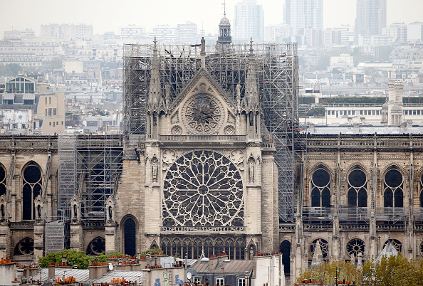 La reconstrucción de Notre Dame de París se reanudará el lunes