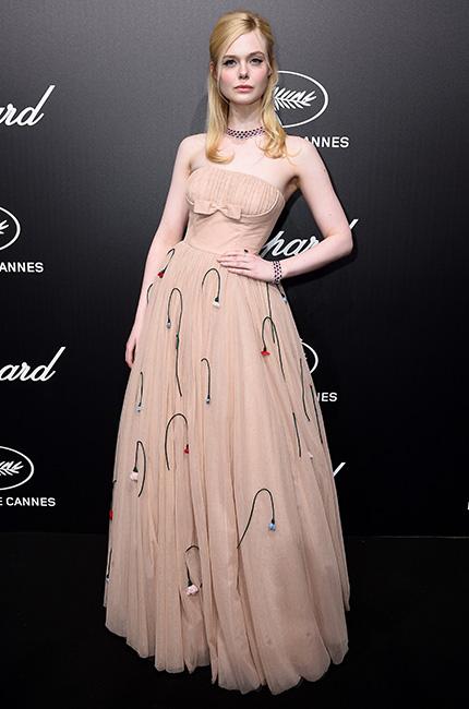 Elle Fanning y su vestido de Prada
