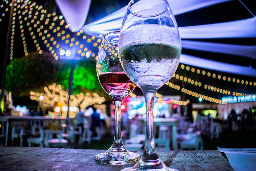 Entre Vino, Mar y Tierra, Golf & Gourmet