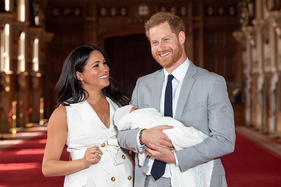 04cd0d8014 Kate brilla con un vestido nuevo y su tiara favorita