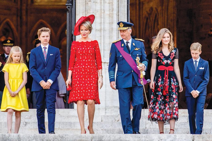 Rey Felipe, Matilde de Bélgica, príncipes Gabriel y Emmanuel, las princesas Elisabeth y Eleonore.