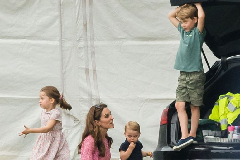 Kate Middleton con sus hijos