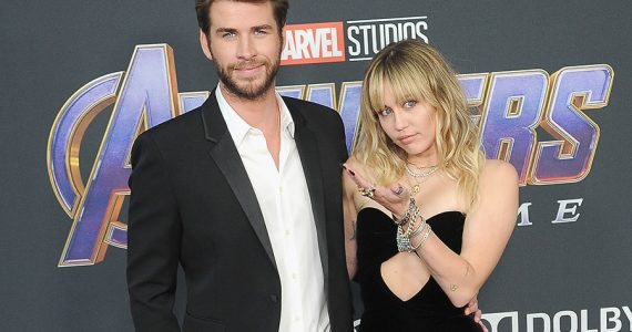 Liam Hemsworth y Miley Cyrus-avengers2