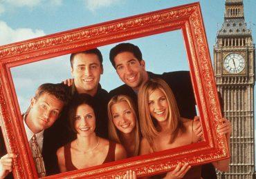 La creadora de 'Friends' se disculpa por la falta de diversidad en la serie