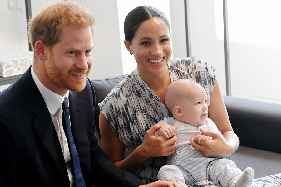 Harry y Meghan con Archie