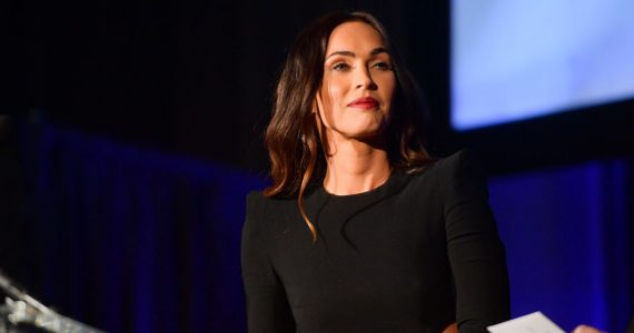 Megan Fox sale en defensa de Michael Bay