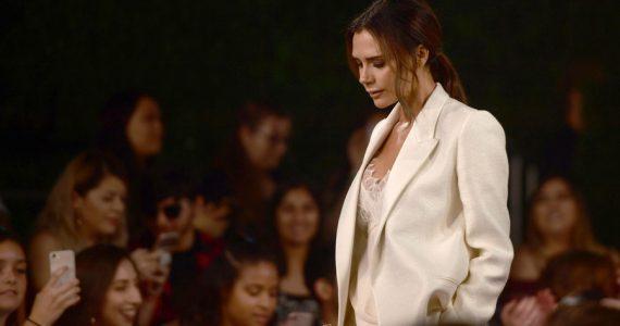 Nuevo revés para Victoria Beckham y su marca de moda