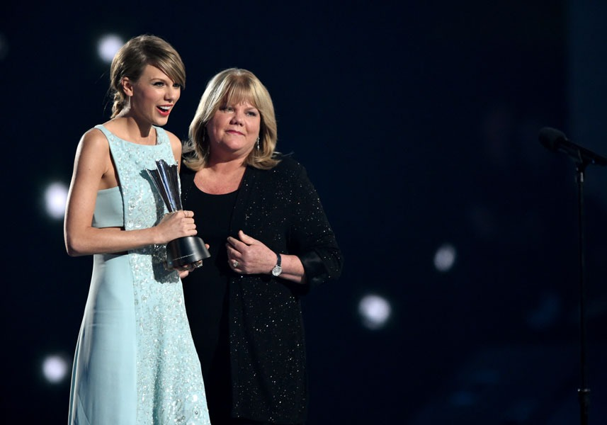 Taylor Swift y Andrea