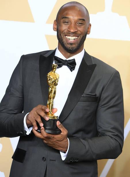 Kobe Bryant con el Oscar