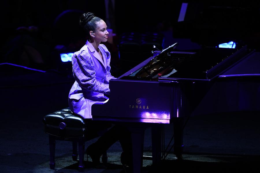 Alicia Keys memorial Kobe Bryant