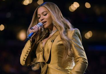 Beyoncé podría embolsarse cien millones de dólares por un contrato con Disney