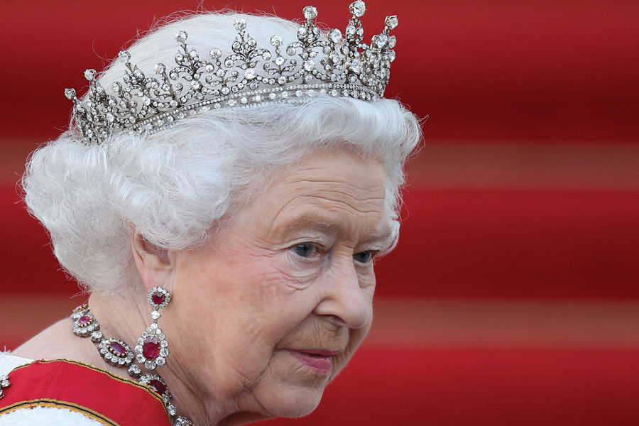 """Aseguran que el reinado de Isabel II """"está terminado"""""""