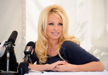 """Pamela Anderson no participaría en una reunión de """"Baywatch"""""""