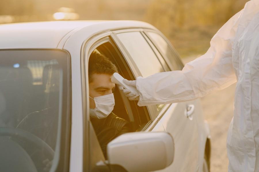 """""""Coronavirus puede provocar derrames cerebrales en adultos jóvenes"""", alertan médicos"""