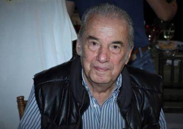 Muere Óscar Chávez tras ser hospitalizado por coronavirus