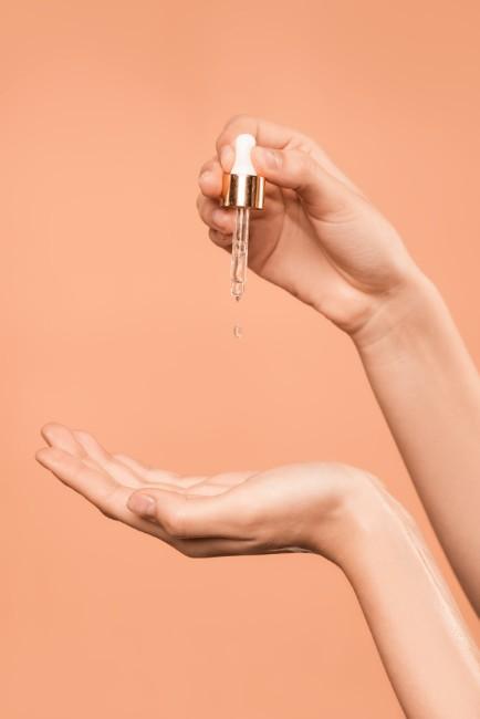 ¿Exceso de gel antibacterial y jabón? Consejos básicos para proteger tus manos