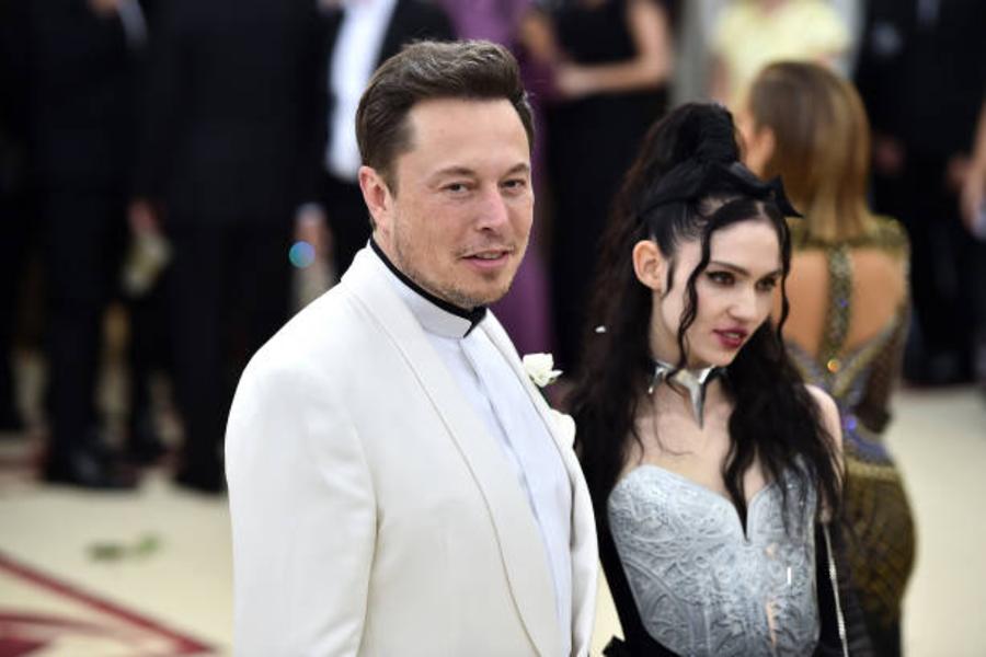 ¡No era broma! Elon Musk y Grimes nombran a su hijo 'X Æ A-12'