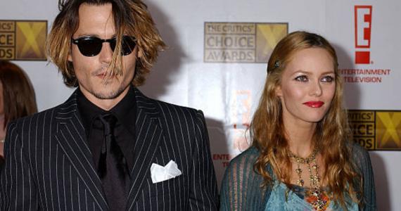 Vanessa Paradis apoya a Johnny Depp en su juicio por difamación contra The Sun