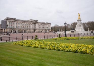 ¿Cómo es la vida en el palacio de Buckingham para el personal de servicio?