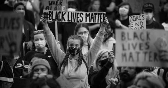 ¿Qué es el 'BlackOut Tuesday?' Entre la viralidad y el escepticismo