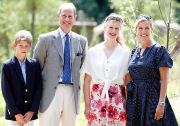 Lady Louise Windsor, Sophie, condesa de Wessex, James visconde Severn y príncipe Eduardo, conde de Wessex