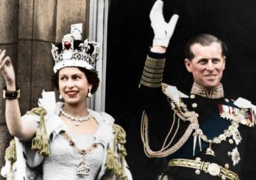 Isabel II celebra el aniversario de su coronación compartiendo fotografías históricas del gran día