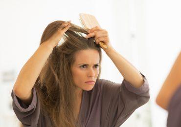 La aparición de caspa podría estar relaciona con el estrés