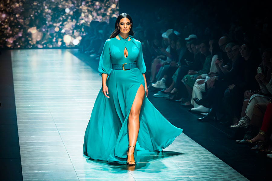 """Ashley Graham, la modelo """"plus size"""" que ha redefindo el concepto de la moda y la belleza"""