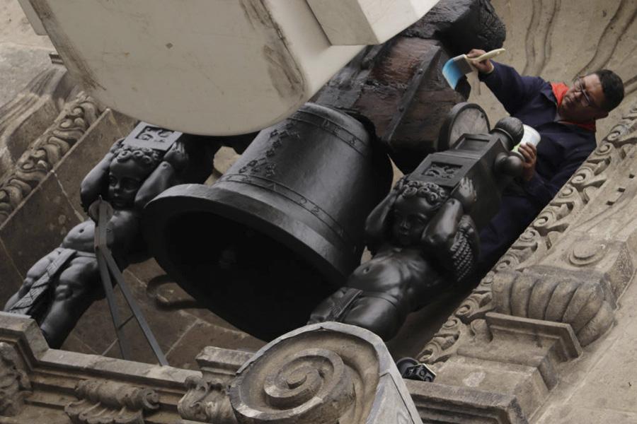 Campana de Dolores en el Palacio Nacional