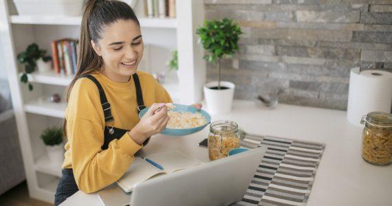 laptop mujer