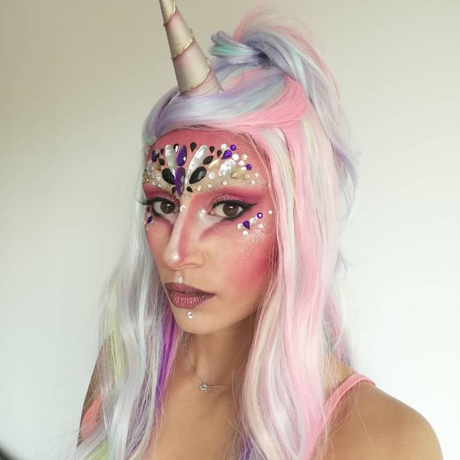 maquillaje de unicornio para mujer