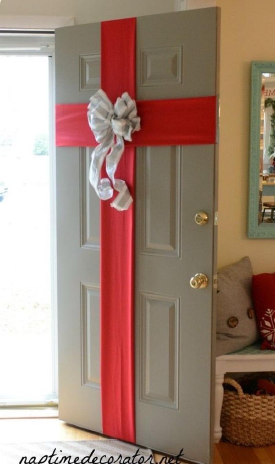 decoracion de puertas para navidad regalo