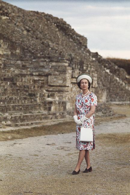 La reina Isabel en México