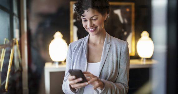 proteger la piel por el uso del celular