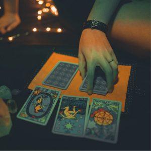 Lextura de cartas y tarot